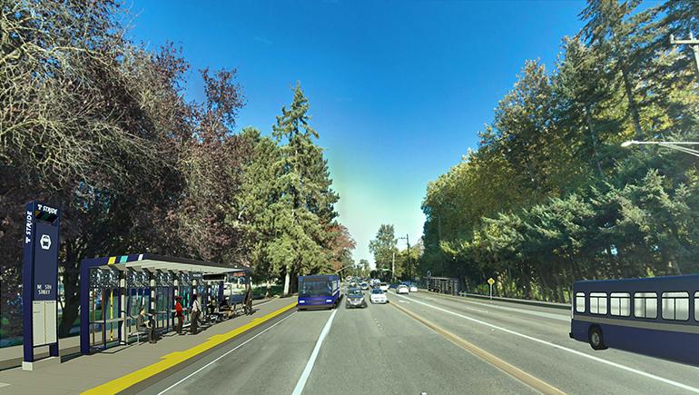 Imagen del concepto que muestra cómo lucirán las estaciones de Stride BRT a lo largo de SR 522/NE 145th. A la izquierda, una parada con estructura azul y acera elevada. Hay gente debajo del toldo, esperando el autobús. En medio de la imagen se aprecian autobuses y automóviles avanzando por la calle. Un autobús azul de BRT se acerca a la parada por el carril BAT designado.